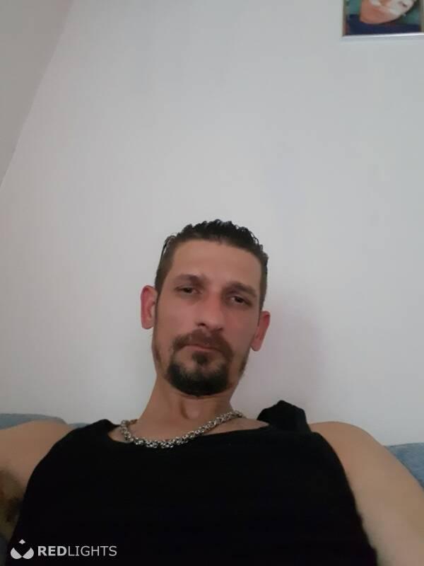 Demiri (Foto)